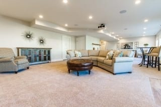 Grays Harbor Family Room 1