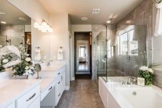Scott's Bluff Master-Bathroom-A