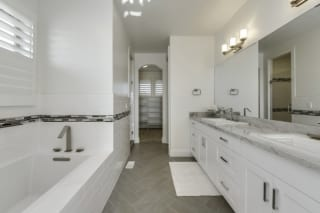 Seaside Master Bathroom 1