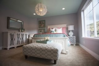 Sunburst Bedroom 1C