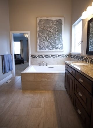 Sunburst Master Bathroom 2